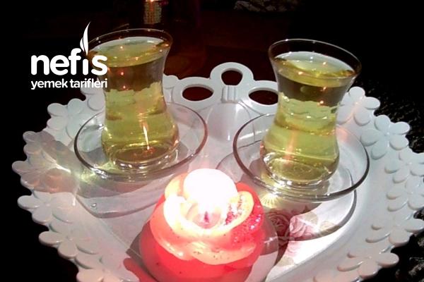 Beşi Bir Arada Yeşil Çay Tarifi