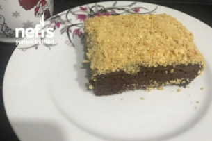 Nefis Bisküvili Kumlu Pasta Tarifi