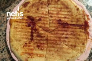 Bazlama Ekmeğinden Tost Tarifi