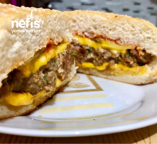 Hamburger ( Ev Yapımı Köfte İle )