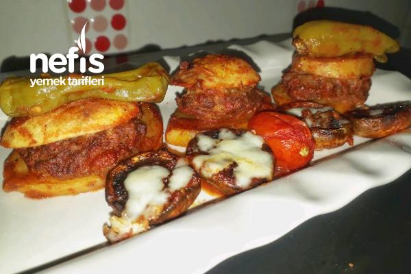 Fırında Patates Köfte (Kaşarlı Mantar Eşliğinde) Tarifi