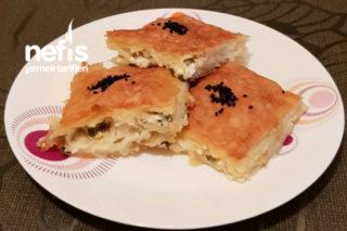 Peynirli Maydanozlu Tepsi Böreği Tarifi