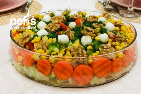 Büşra'nın Salatası Tarifi