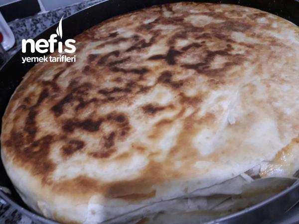 Patatesli Nefis Yufkalı Börek ( Balık Tavasında)