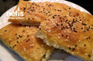 Peynirli Tepsi Böreği (Anne Böreği) Tarifi