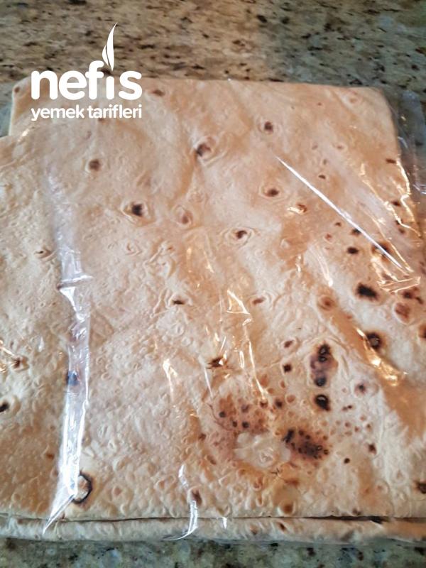 Yufka Ekmek Böreği