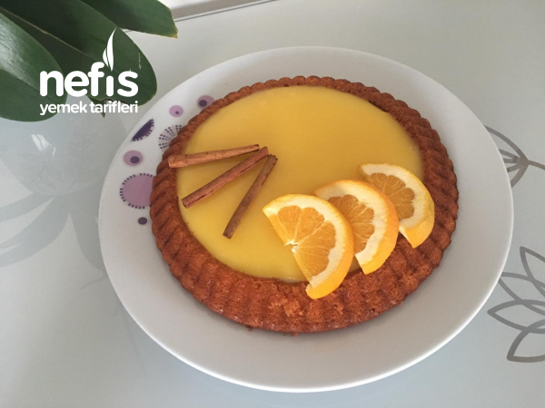 Tart Kalıbında Muhallebili Portakallı Kek