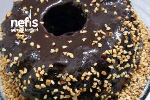 Çikolata Soslu Yumuşacık Kakaolu Tencere Keki Tarifi