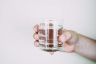 Alkali Su Nedir? Faydaları Nelerdir? Nasıl Yapılır? Zayıflatır Mı?