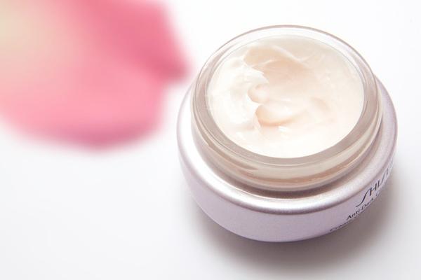 gül yağı cilde faydaları