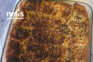 Lor Peynirli Börek Tarifi