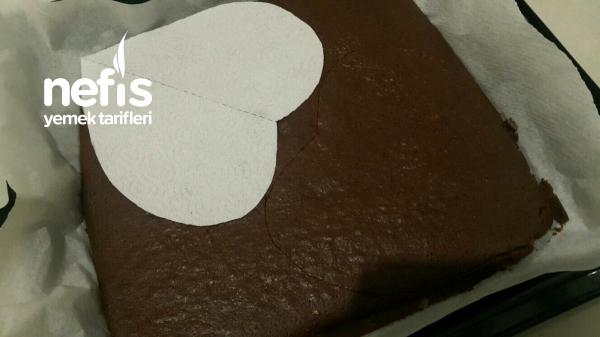 Teremyağlı Kalpli Özel Gün Pastası