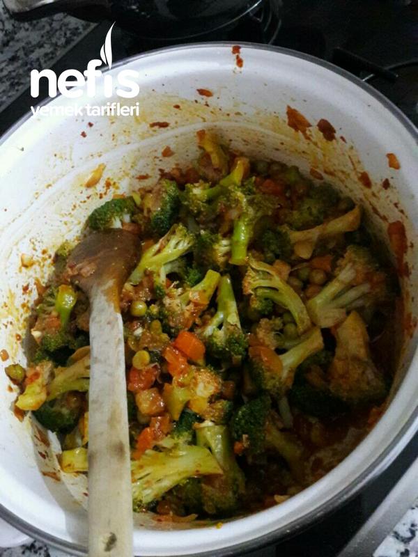 Fırında Beşamel Soslu Brokoli