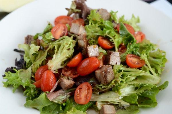 salata kaç kalori