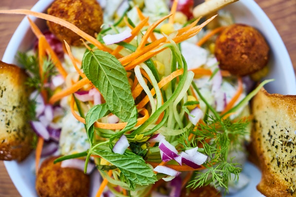 ton balıklı salata kaç kalori