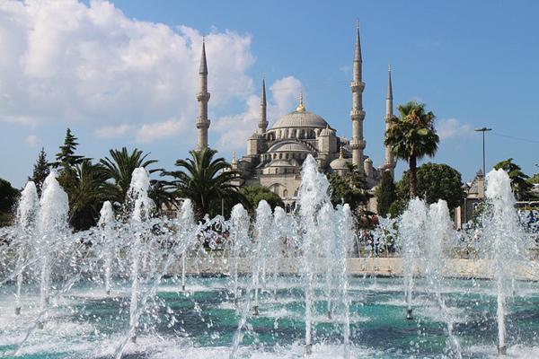 sultan ahmet camii nerede