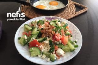 Kahvaltılık Salata Tarifi
