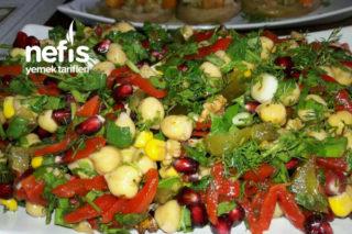 Nohut Salatası (Müthiş Bir Meze) Tarifi