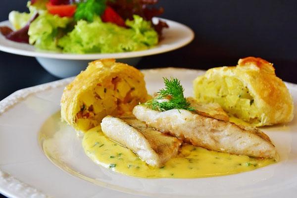 Gastronominin Temeli Olan Beş Ana Sos ve Beraber Kullanıldığı Tarifler