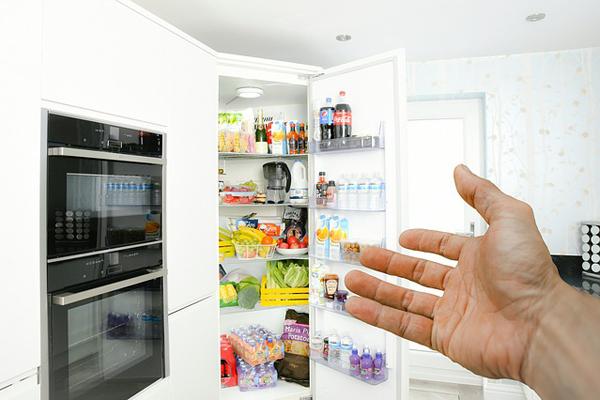 Buzdolabı Kokusu Nasıl Giderilir? Buzdolabı Kokusuna 8 Kesin Çözüm Tarifi