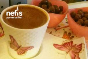 Kahve Şöleni (Türk Kahvesi Dibek Kahvesi Ve Nescafe İle) Tarifi