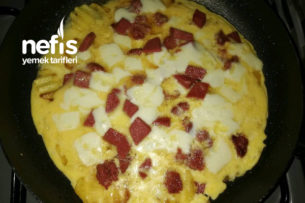 Yapışmaz Tavada Patates Pizza Tarifi
