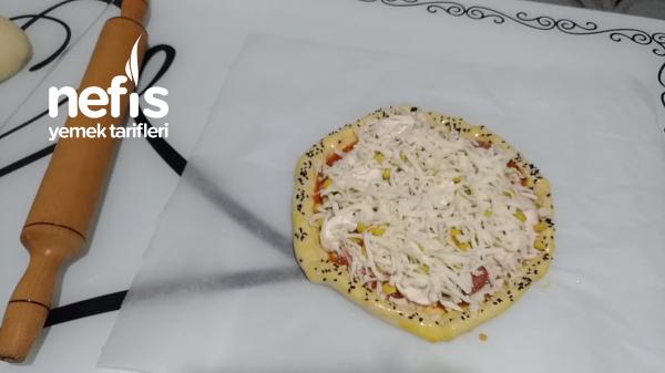 Kenarı Efsane Pizza