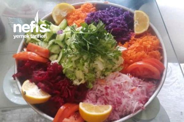 Renk Kuşağı Salatası(pancarlı)