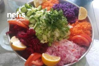 Renk Kuşağı Salatası (Pancarlı) Tarifi