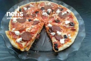 Tavada Pizza (Kabartma Tozlu) Tarifi