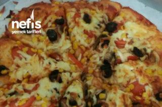 Evde Pizza Yapıyoruz Tarifi