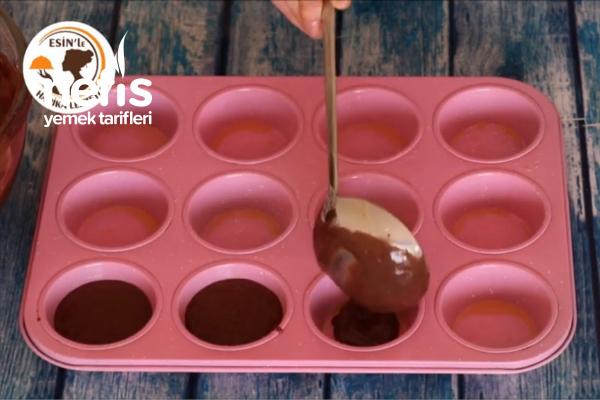 Çam Ağacı Cupcake (videolu)