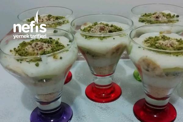 Meyveli Bisküvili Cuplar Tarifi