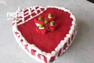 Pasta Görünümlü Aşk Salatası Tarifi