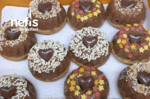 Çikolata Soslu Minik Süslü Kekler (Mini Gugelhupf) Tarifi