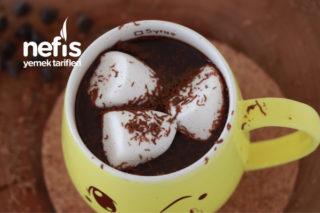 Ev Yapımı Tam Tadında Sıcak Çikolata (videolu) Tarifi