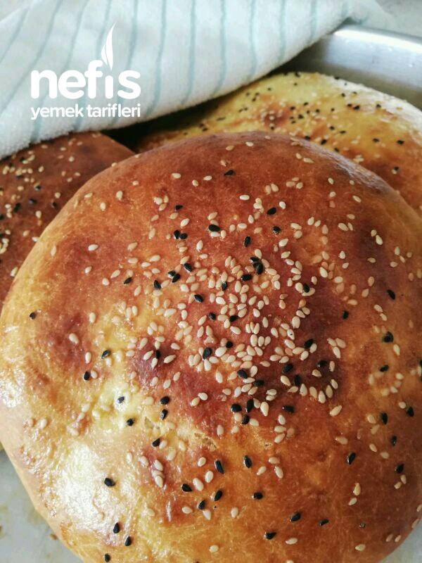 Ev Yapımı Yumuşacık Ekmekler