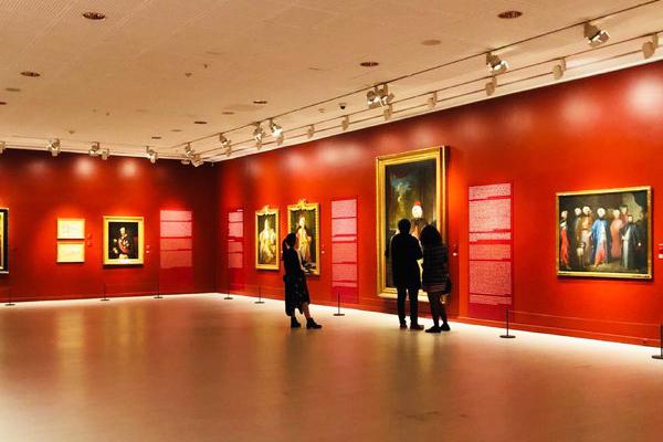 pera müzesi sergiler