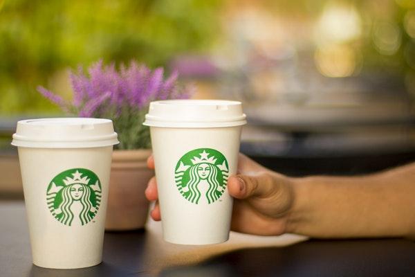 starbucks kahve bardakları