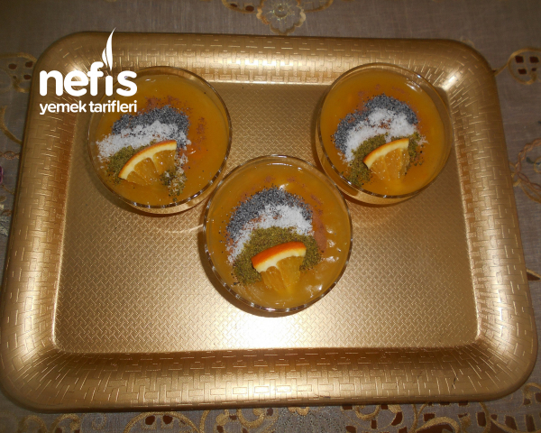 Portakal Parçacıklı Mandalina Ve Portakal Sulu Muhallebi