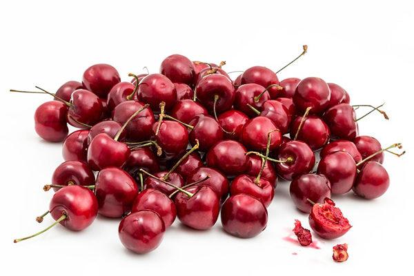Kiraz Kaç Kalori? Besin Değeri – Zayıflatır Mı, Diyette Yenir Mi? Tarifi