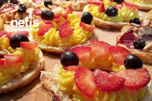 Kremalı Simit Milföy Ve Pastacı Kreması
