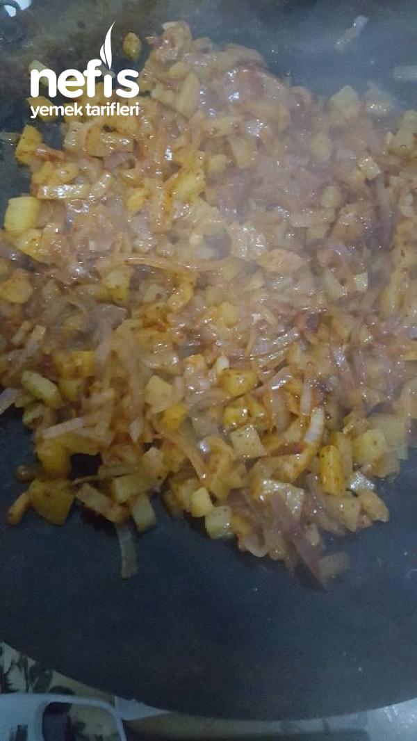 Patatesli Ve Soğanlı Yemek(kahvaltı İçin Çok İyi)