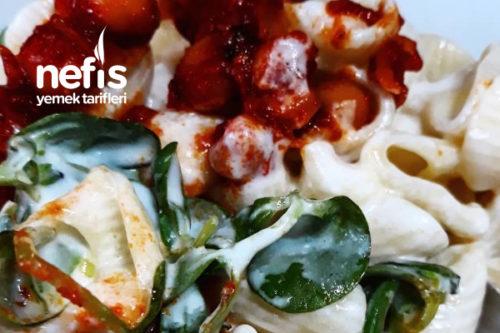 Üzeri Nohutlu Semizotlu Makarna Salatası (Harika) Tarifi