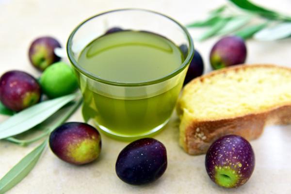 zeytinyağı kalori