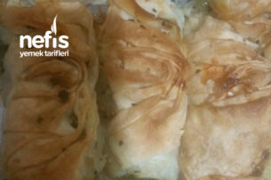 Midye Börek (Ispanaklı Kıymalı) Tarifi
