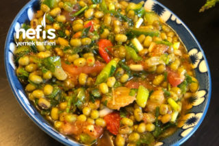 Maş Fasülyesi Salatası Tarifi
