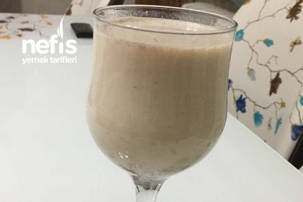 Çok Lezzetli  Sütlü Kahve Tarifi