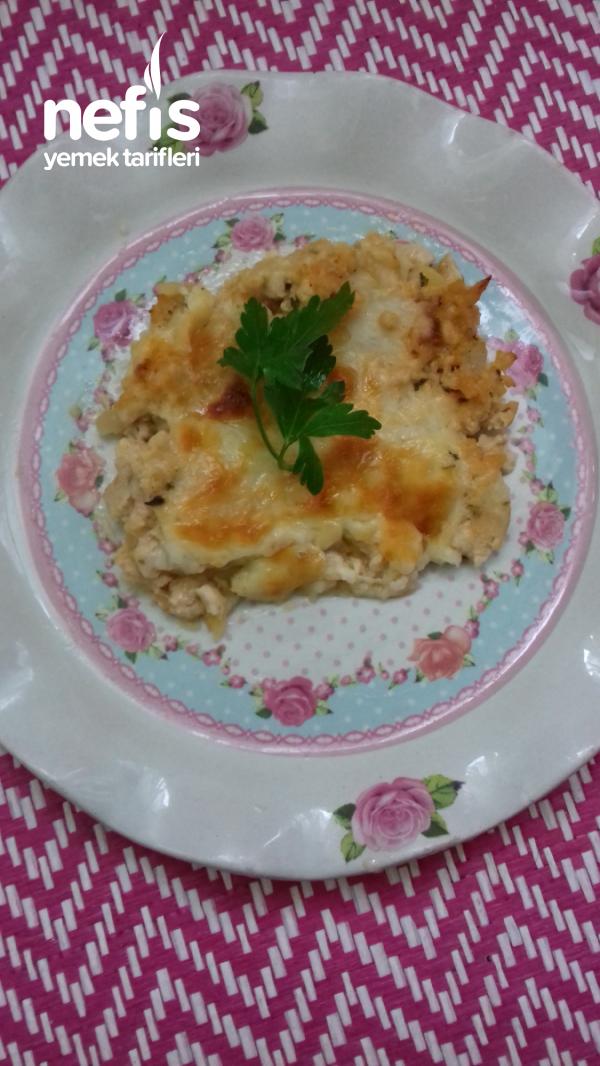 Fırında Beşamel Soslu Patates (tavuk Kıyması İle )