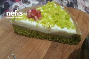 Labne Kremalı Ispanaklı Tart Pasta (Bu Pasta Bir Efsane) Tarifi